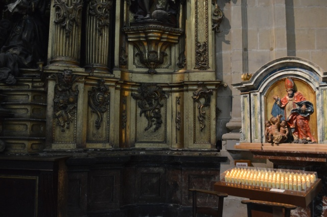 Donde Dolly?  Where is Dolly? Can you find her in Inglesa de Santa Maria in San Sebastian Church September 2014