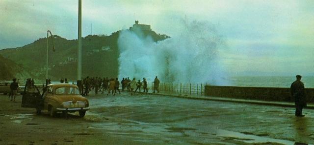 San Sebastian Big tides Foto Color Galarza