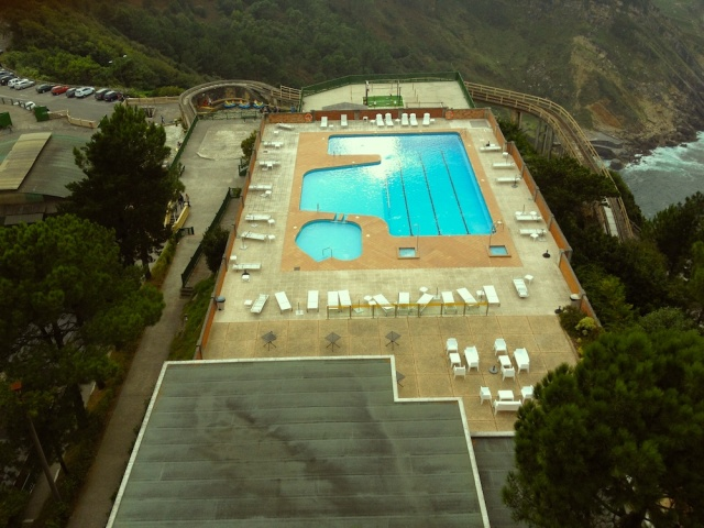 Swimming pool San Sebastian September 2014