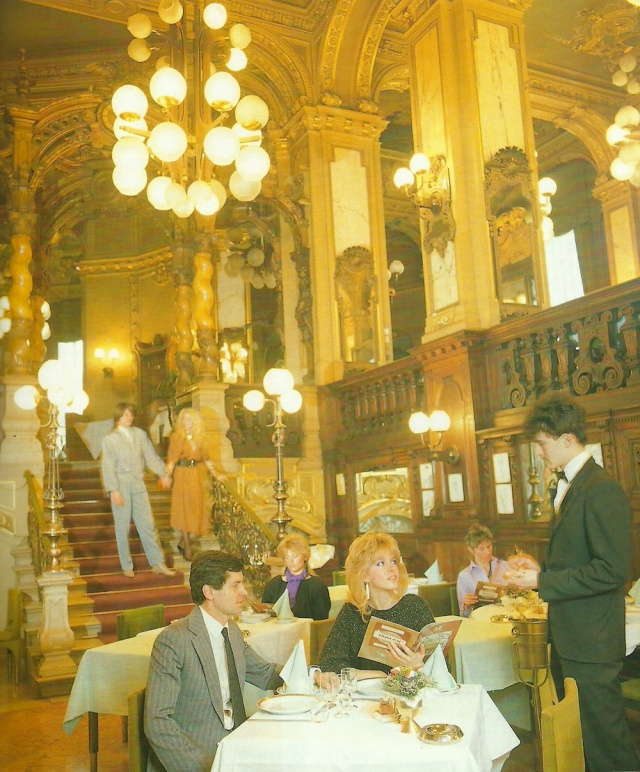 The Hungaria restaurant on the Great Boulevard from Budapest 150 Photographs: Tourist Information published by Rozsa Szalontay Szalontai Publishing House 1980s