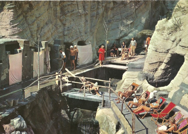 S Angelo D'Ischia Ancient radioactive Thermae of Cava Scura Ed. Di Meglio Ischia