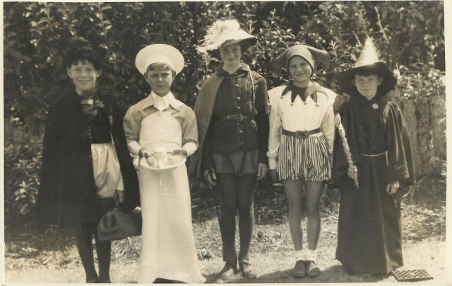 unknown-photograph