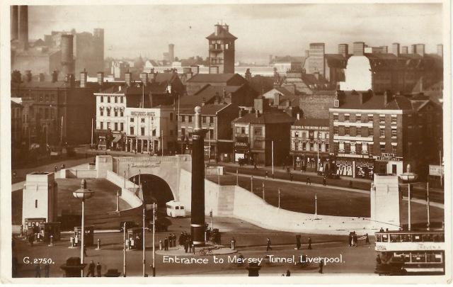 Merseyside Valentine's Post Card G2750