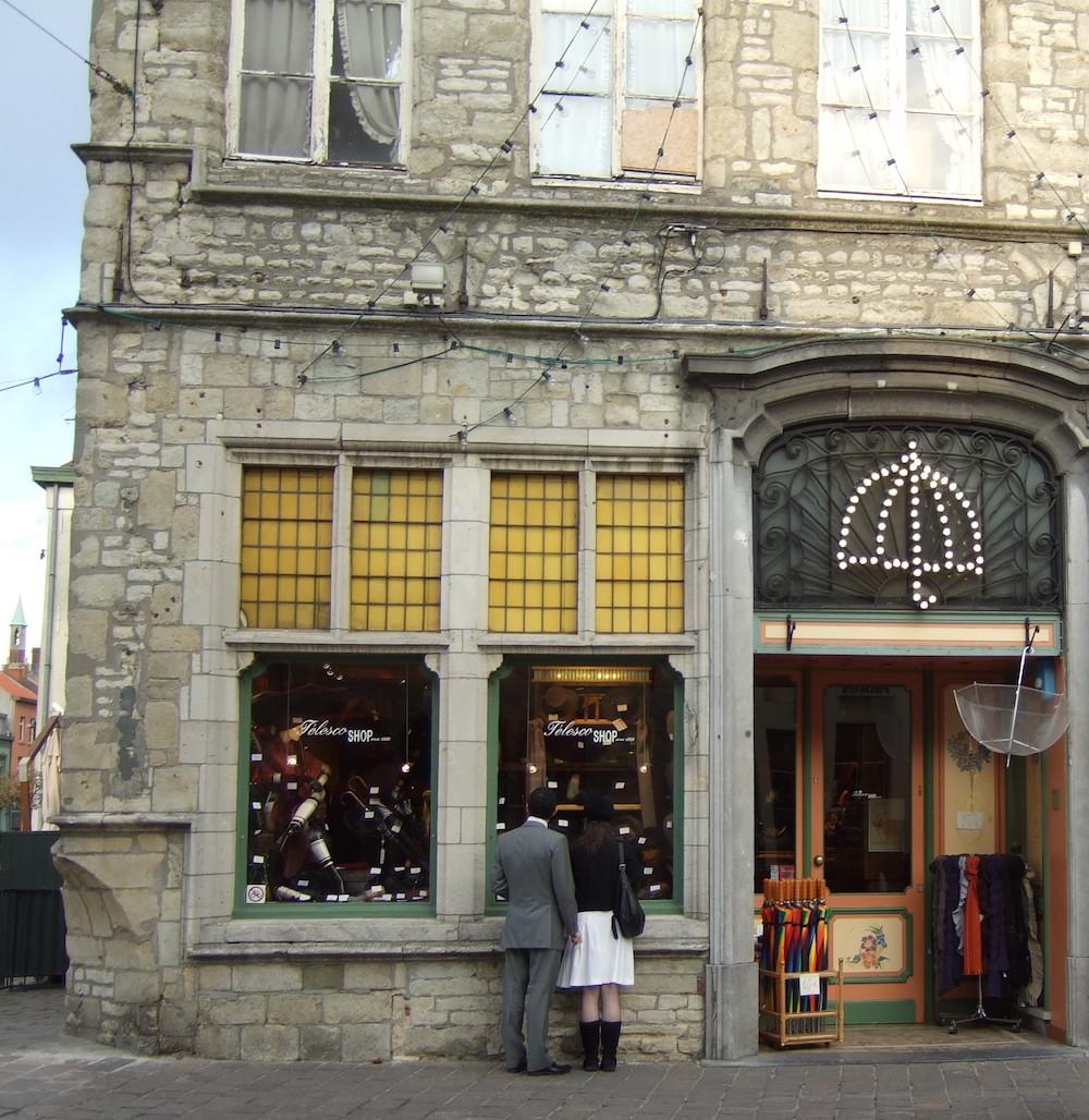 Umbrella shop Gent 2009